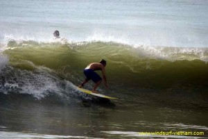 surfing_-_sup_20121115_1848985768